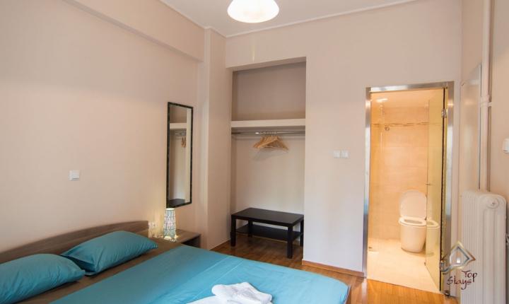 Ithaca - Main Bedroom